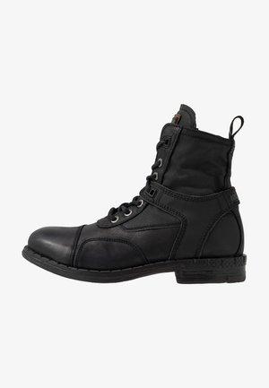 FINVOI - Bottines à lacets - black