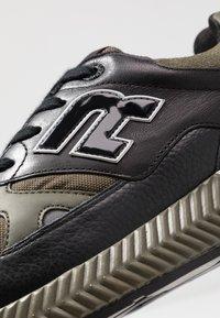 Replay - WHITESTREAM - Sneakers - black/military green - 5