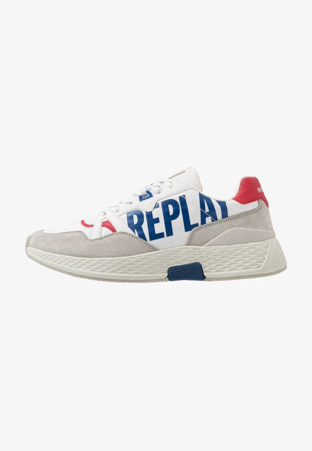 WELLESLEY - Sneakersy niskie - white/navy