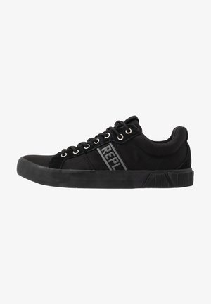 RUSH - Trainers - black