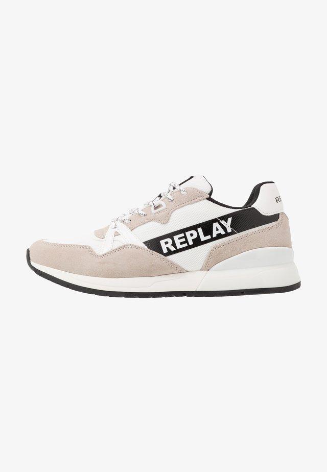 LIMERIK - Sneaker low - white/black