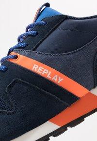Replay - TIGHER - Sneakersy niskie - navy/orange - 5