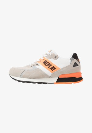 BOWLAND - Trainers - offwhite/orange