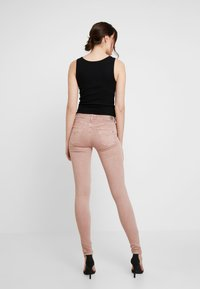 Replay - NEW LUZ - Jeans Skinny Fit - light pink - 2