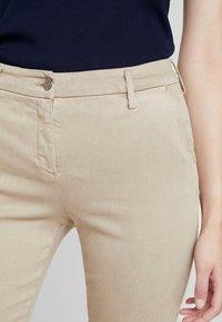 Replay - LYSA HYPERFLEX - Jeans Skinny Fit - beige - 4