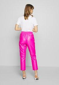 Replay - PANTS - Pantaloni - pink - 2