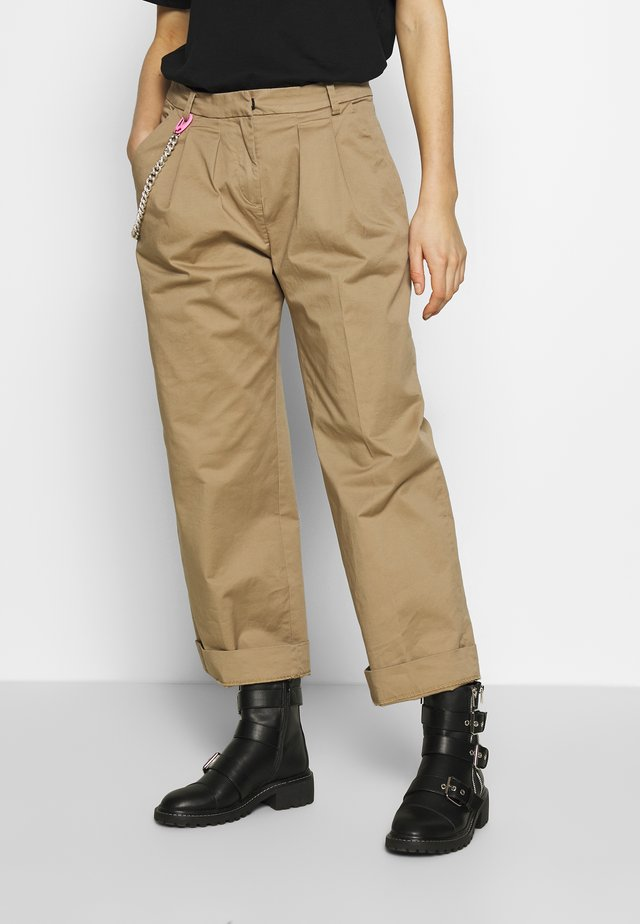 PANTS - Stoffhose - beige