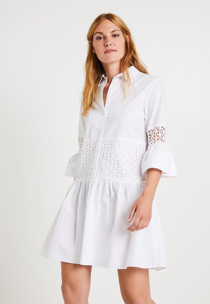 Replay - DRESS - Blusenkleid - optical white