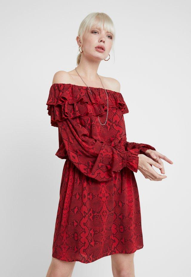 DRESS - Freizeitkleid - red/black