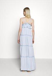 Replay - DRESS - Vestito lungo - light blue - 2