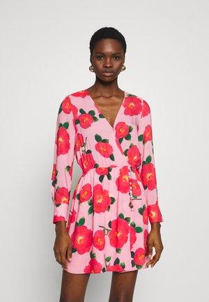 DRESS - Korte jurk - multicolor