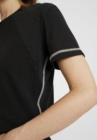 Replay - T-shirt z nadrukiem - blackboard - 5