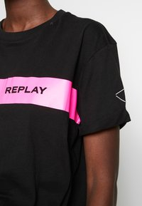 Replay - T-shirt con stampa - black - 5