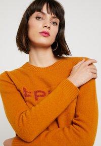 Replay - Sweter - amber - 3