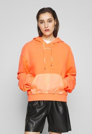 Kapuzenpullover - orange