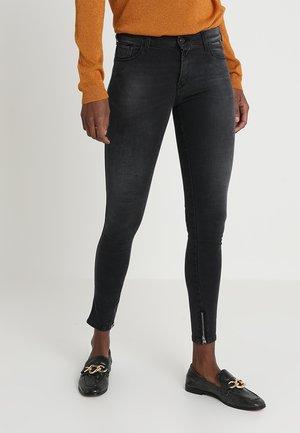STELLA ANKLE ZIP - Jeans Skinny Fit - black