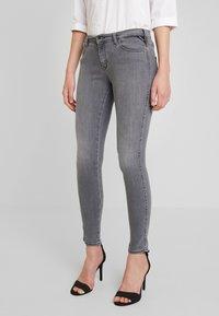 Replay - STELLA - Jeans Skinny Fit - medium grey - 0