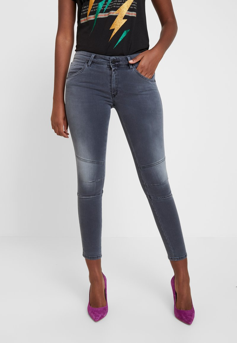 Replay - KAYTE HYPERFLEX - Jeans Skinny Fit - light grey