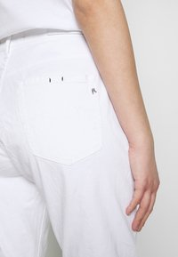 Replay - MARTY - Relaxed fit jeans - white - 4