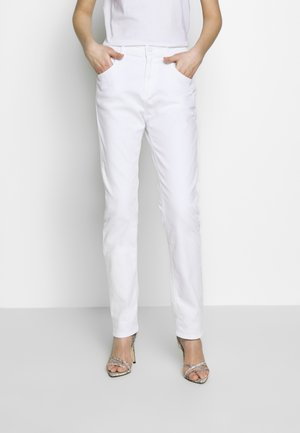 MARTY - Relaxed fit jeans - white