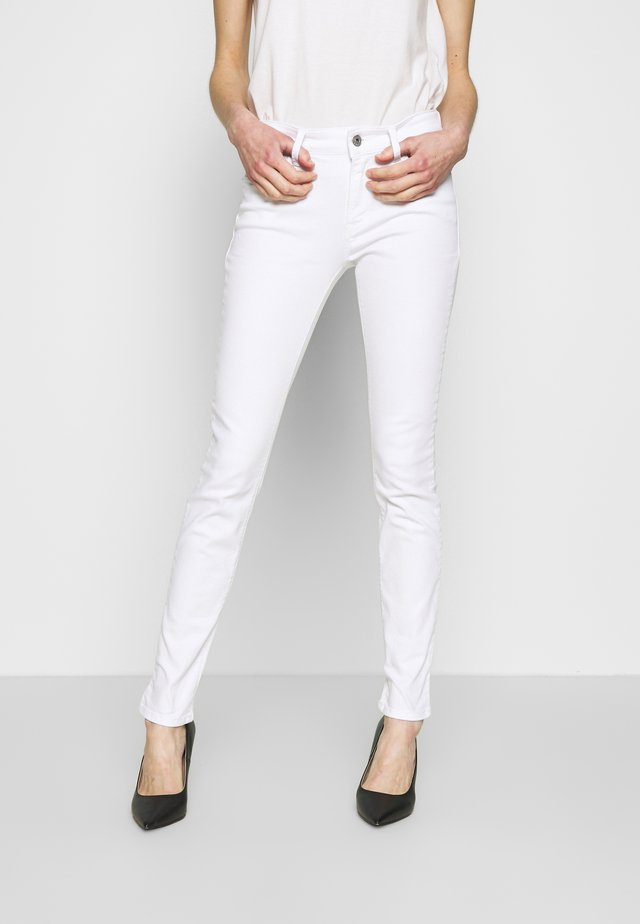 NEWLUZ - Jeans Skinny Fit - white