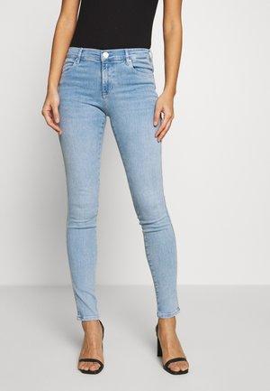 STELLA - Jeans Skinny Fit - super light blue