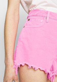 Replay - Shorts di jeans - neonpink - 3