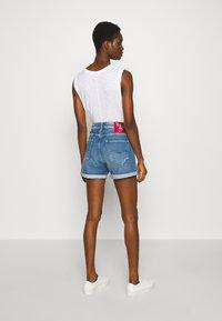 Replay - Shorts di jeans - light blue - 2