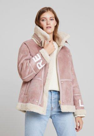 Light jacket - pink salt