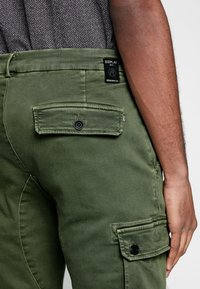 Replay - JAAN HYPERFLEX - Cargo trousers - hunter green - 5