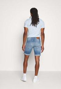 Replay - Jeans Shorts - blue denim - 2