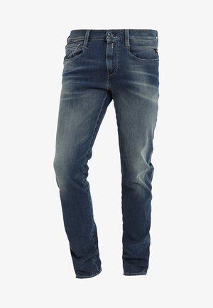 HYPERFLEX + ANBASS - Slim fit jeans - medium blue