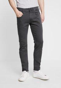Replay - ANBASS HYPERFLEX - Slim fit jeans - blackboard - 0