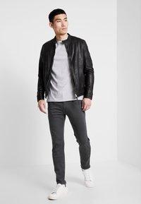 Replay - ANBASS HYPERFLEX - Slim fit jeans - blackboard - 1
