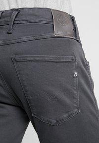 Replay - ANBASS HYPERFLEX - Slim fit jeans - blackboard - 5