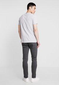 Replay - ANBASS HYPERFLEX - Slim fit jeans - blackboard - 2