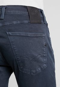 Replay - ANBASS HYPERFLEX - Slim fit jeans - blue - 5