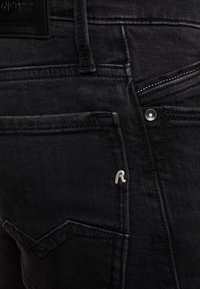Replay - NEW JIMI - Bootcut-farkut - black