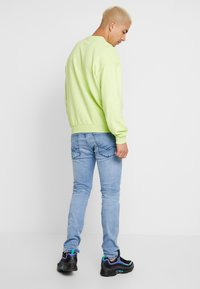 Replay - ANBASS HYPERFLEX CLOUDS - Jeans slim fit - light blue - 2