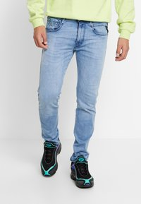 Replay - ANBASS HYPERFLEX CLOUDS - Jeans slim fit - light blue - 0