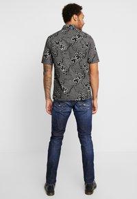 Replay - DONNY - Straight leg jeans - dark blue - 2