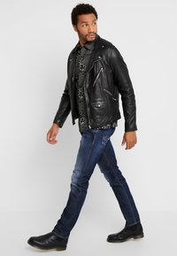 Replay - DONNY - Straight leg jeans - dark blue - 1