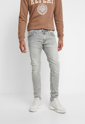 JONDRILL - Slim fit jeans - medium grey