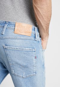 Replay - ANBASS - Jeans slim fit - light blue - 3