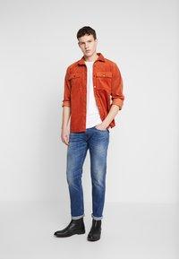 Replay - ANBASS - Straight leg jeans - dark blue - 1