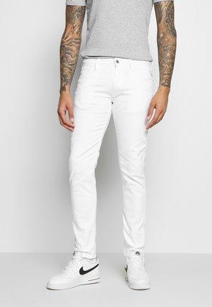 ANBASS - Vaqueros slim fit - white