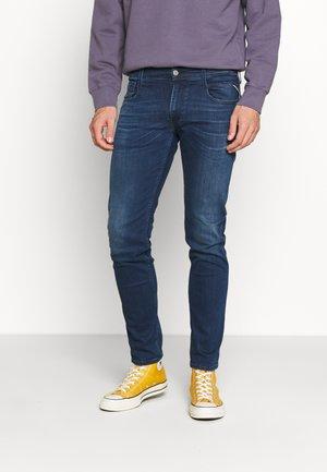 ANBASS - Slim fit -farkut - medium blue
