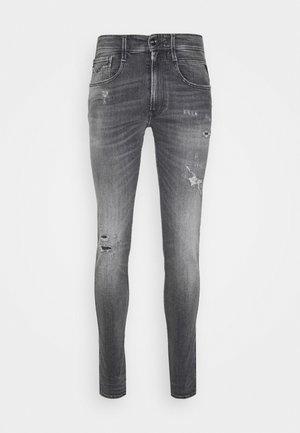 BRONNY AGED - Jeans Skinny Fit - medium grey