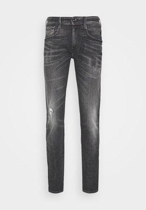 ANBASS AGED - Slim fit jeans - medium grey