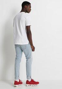 Replay - 2 PACK - Basic T-shirt - white - 2